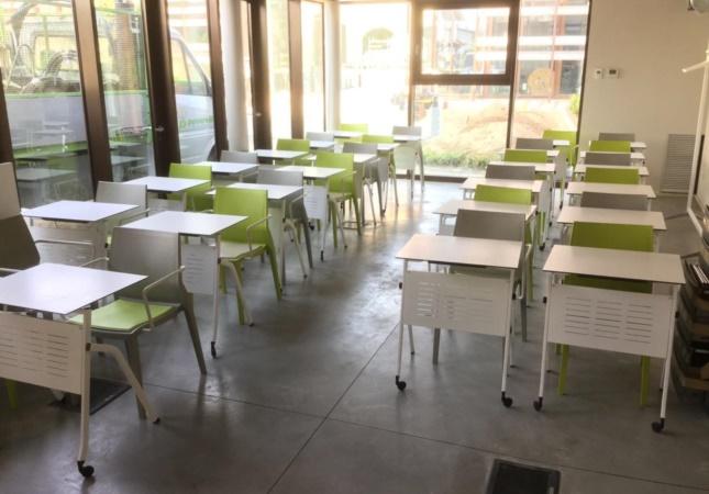 Salle de formation avec les tables Pitagora