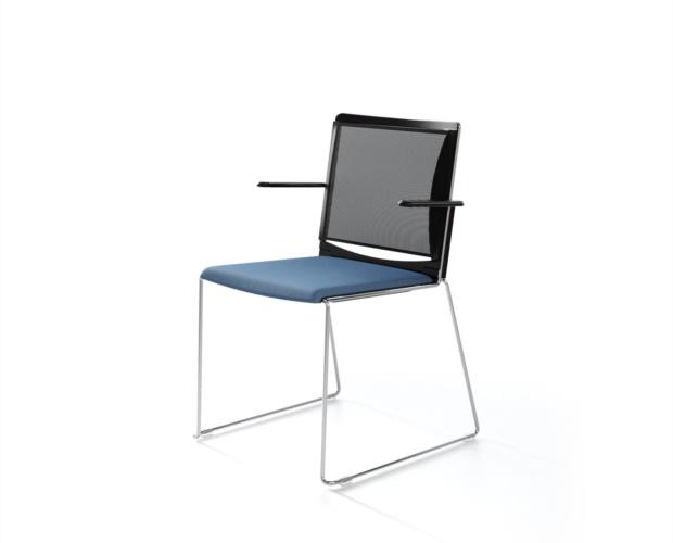 Chaise Multi avec dossier en filet pour salles de conférences